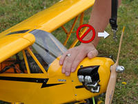 Name: starting-an-rc-airplane-5.jpg