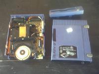 Name: ADSC0039.jpg Views: 147 Size: 84.7 KB Description: Iomega zip drive being disassembled.