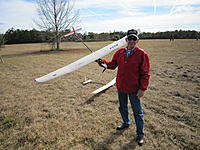 Name: Handtowing 007.jpg Views: 38 Size: 306.7 KB Description: Kirby Jones is new to soaring but he knows how to wiggle the sticks.