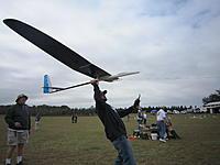 Name: 2012TangerineUNLSat 082.jpg Views: 45 Size: 126.3 KB Description: Brad Baxter throws the Supra