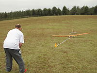 Name: 2012TangerineUNLSat 106.jpg Views: 49 Size: 222.5 KB Description: Paul Sullivan landing Supra