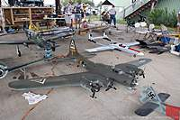Name: bomber_field_2010_img_0031_015_std.jpg Views: 282 Size: 77.8 KB Description: