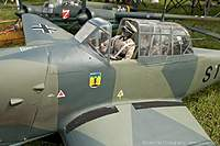 Name: bomber_field_2010_img_0074_033_std.jpg Views: 245 Size: 122.3 KB Description: