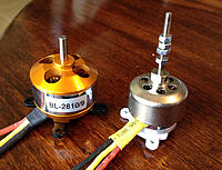 Name: img_02.jpg Views: 107 Size: 136.7 KB Description: Suppo 2810/9 next to FlyZone Corvalis stock 'bell' motor.