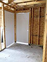 Name: workshop_101012_04.jpg Views: 230 Size: 185.6 KB Description: Door to garage and backyard