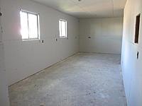 Name: workshop_110412_04.jpg Views: 230 Size: 215.5 KB Description: YarSmytheJr - View of workshop from garage entry door.