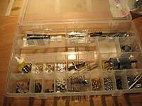 Name: LC 40-001.jpg Views: 226 Size: 80.9 KB Description: Step one, organize all those little parts!