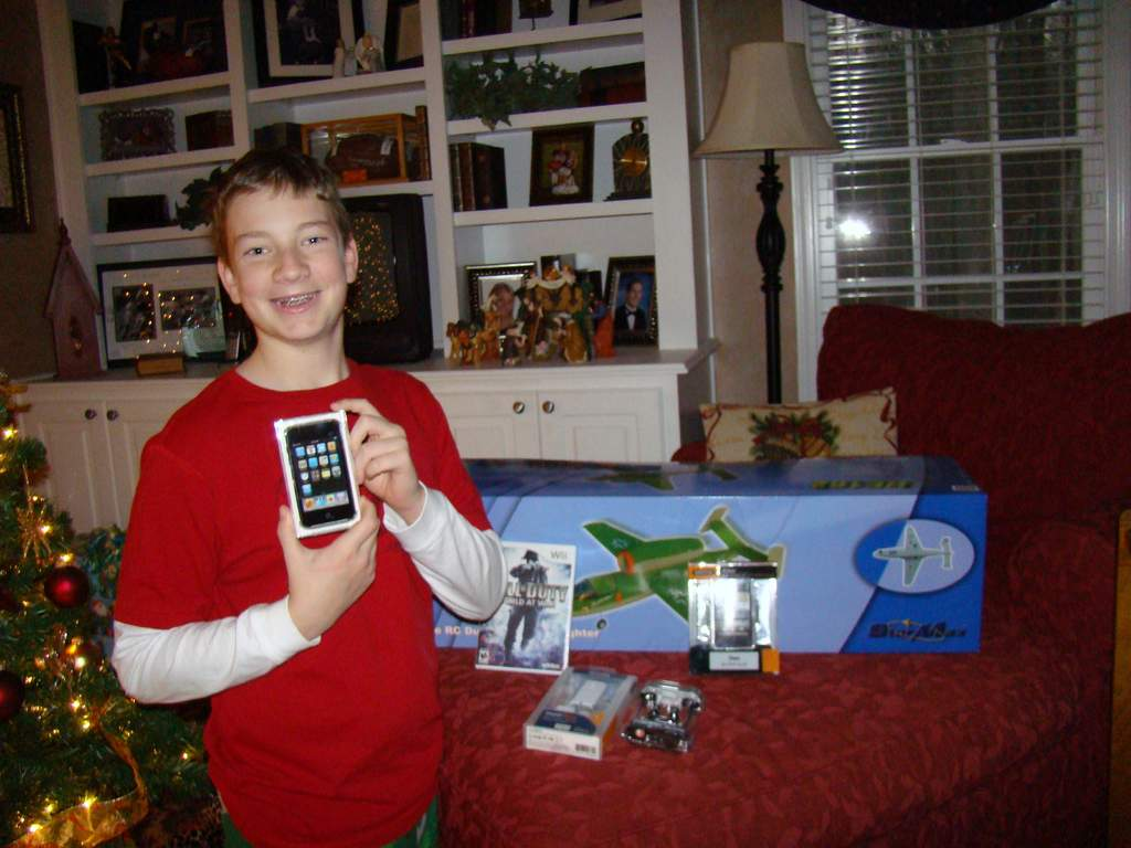 Name: Christmas2008 016.jpg Views: 256 Size: 80.0 KB Description: