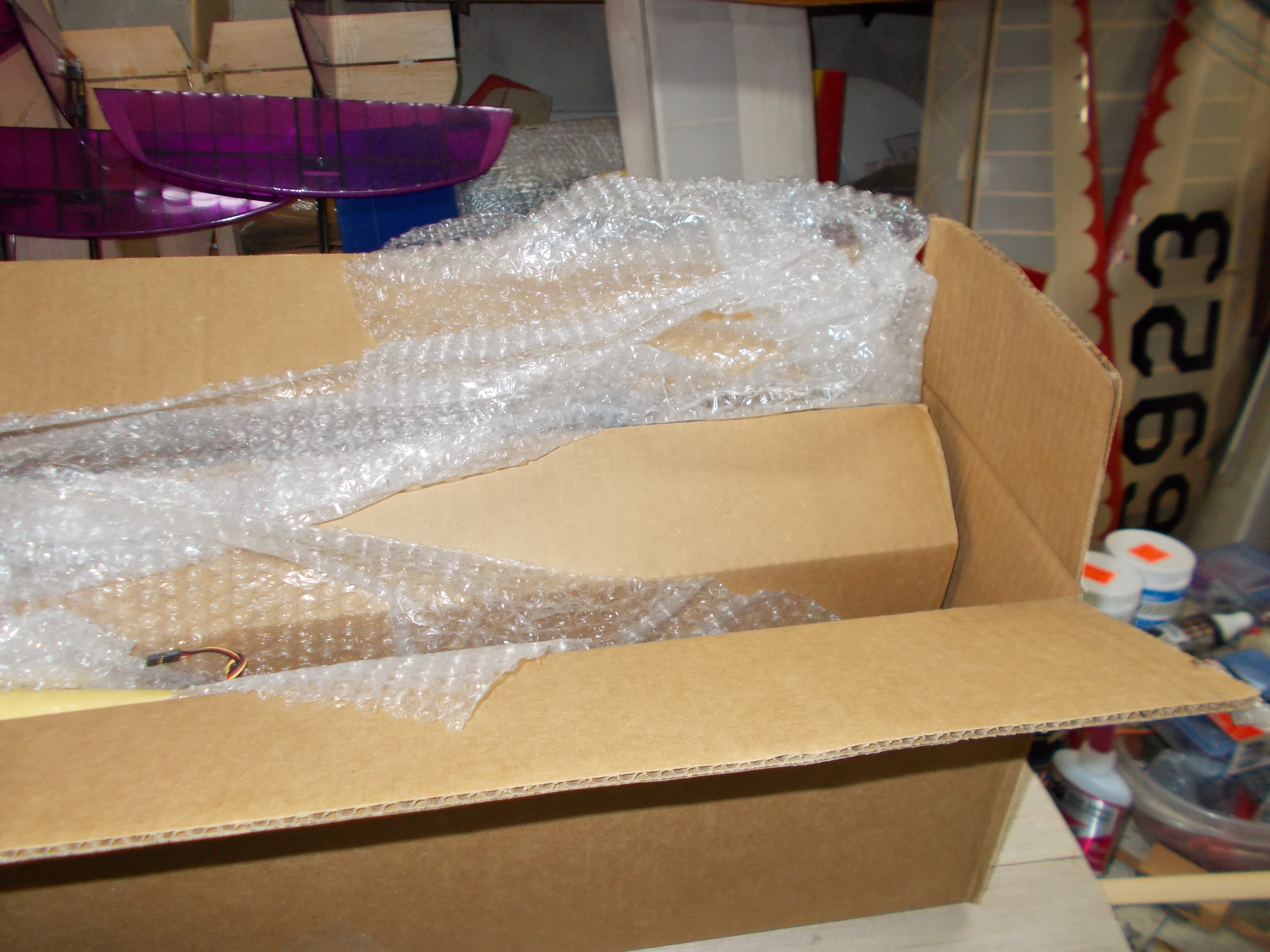 Name: DSCN0111.JPG Views: 66 Size: 3.70 MB Description: Box within box smothered in bubble wrap