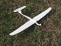 Name: SDC13665.jpg Views: 263 Size: 328.2 KB Description: 70cm wingspan and 22g auw...glides pretty well!