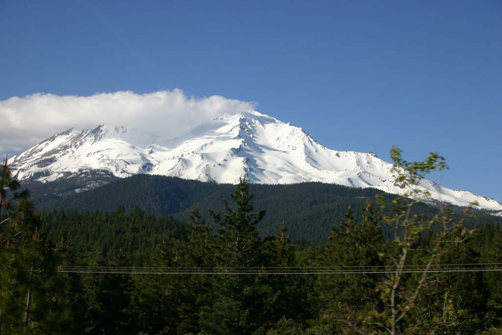 Name: IMG_6293.jpg Views: 276 Size: 69.6 KB Description: Mt. Shasta