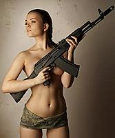 Name: action-ru-girl-gun-19.jpg