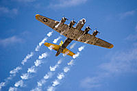Name: B-17_smoke.jpg