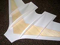 Name: DSC05653.jpg Views: 184 Size: 55.3 KB Description: Wing scructure detail