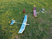 Name: Flying toys at dusk.jpg Views: 41 Size: 305.4 KB Description: Ascent 450 BL, Pulsar 2m REF behind
