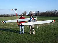 Name: MikeReto.jpg Views: 916 Size: 93.1 KB Description: Mike flew very well with his new toy and gave me a hard time...