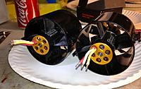 Name: Twins3.jpg Views: 109 Size: 107.7 KB Description: 2w-25's rear view without heat sinks. Note the opened up motor mount area for increased inrunner cooling.