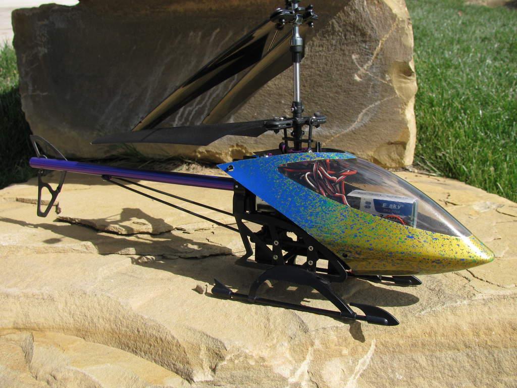 "Name: IMG_0200.jpg Views: 250 Size: 116.4 KB Description: Lama V4, aka ""Merlin"" - custom canopy curtesy of DJK Hobby"