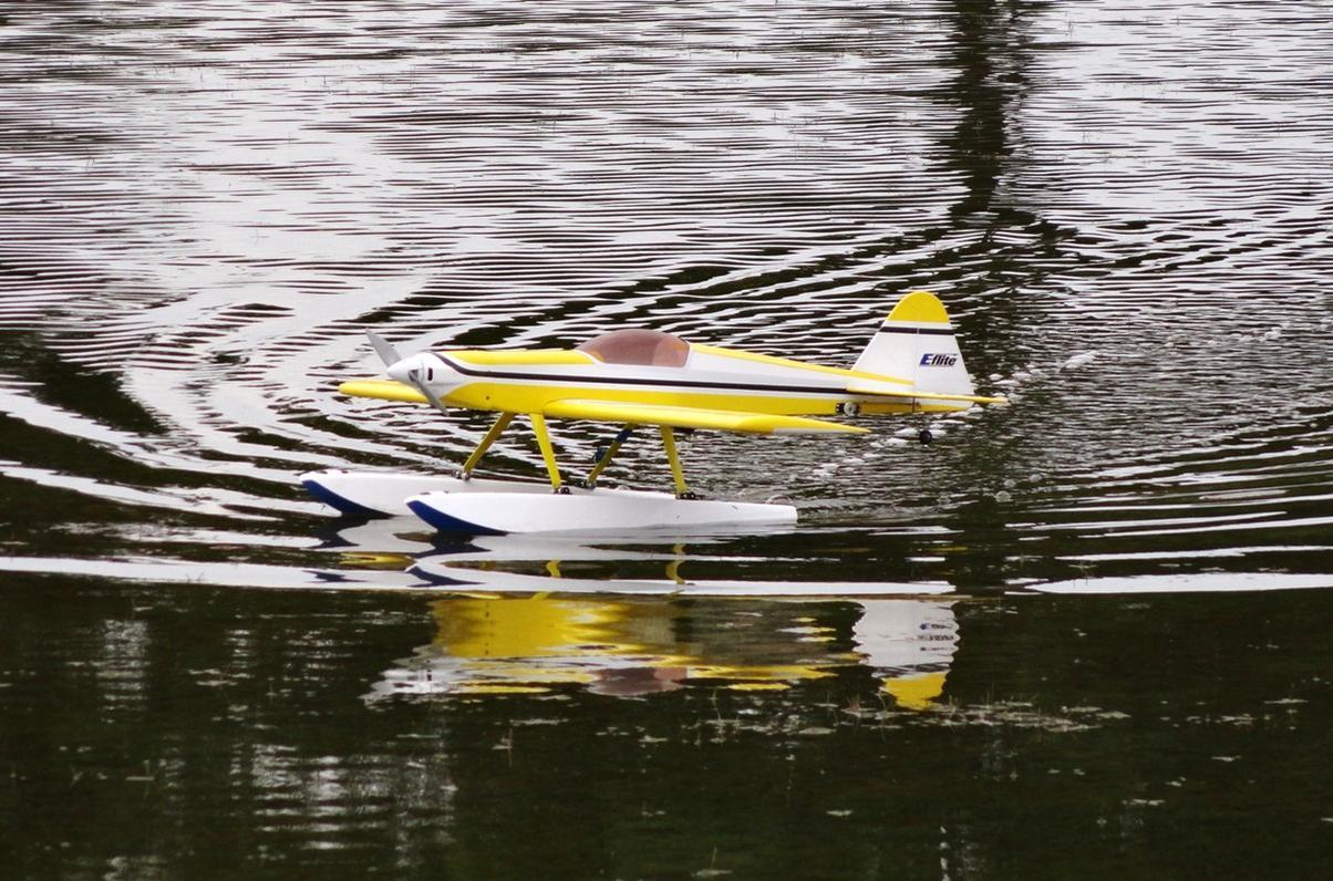 Name: CVRC Float Fly 2012 - Macha Visit 31 May 008.jpg Views: 140 Size: 181.1 KB Description:
