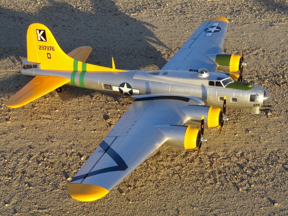 """Name: Starmax B-17 1.jpg Views: 660 Size: 285.7 KB Description: Starmax 79"""" B-17 """"A Bit-O-Lace"""""""