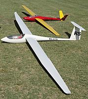 Name: CVRC Spring Aerotow 2012 002.jpg