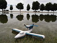 Name: CVRC Float Fly 2012 - Macha Visit 31 May 024.JPG Views: 62 Size: 268.4 KB Description: