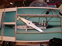 Name: PB110002.jpg Views: 140 Size: 251.4 KB Description: Servo tray servos and sail arm.