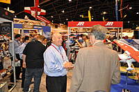 Name: DSC_0001.jpg Views: 256 Size: 108.4 KB Description: Mike McConville chatting with my father, I must say the crew at Horizon are among the nicest people you will ever meet.