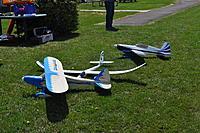 Name: DSC_0033.jpg Views: 217 Size: 308.6 KB Description: And still more planes...
