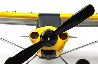 A 480-sized brushless motor is included, along with a 9x6 prop.