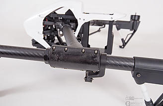 The boom clamps allow the carbon arms to rotate
