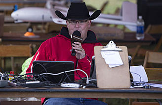 Broadcast announcer Joe Scully MC'ed for the event. He's quite the FPV nut and knows his stuff!
