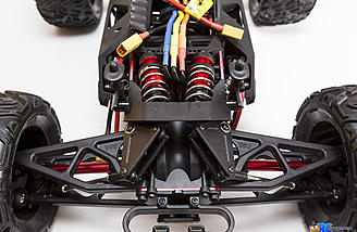 A look at the front cantilever suspension and big-bore shocks