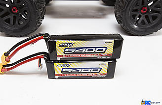 Optional Duratrax Onyx 3s 5400mAh 50c packs are perfect for the Nero, offering high-amp discharge