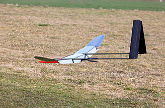 The PLUS is a twin-boom sailplane designed for F5J competition.