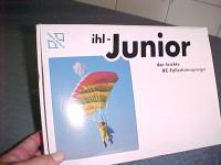 Name: MVC-142S.jpg Views: 105 Size: 25.8 KB Description: Junior Jumper RC parachuter