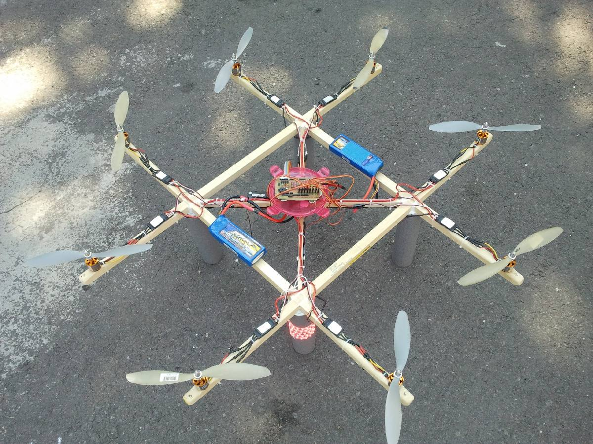 Name: octocopter maiden1003.jpg Views: 2,491 Size: 239.7 KB Description: