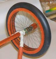 Name: wheel19.jpg Views: 231 Size: 49.0 KB Description: The white string, is from a glider launching rig