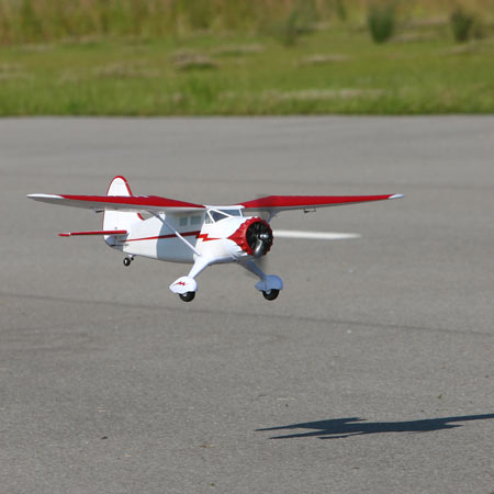 Name: PKZ5280-ACT4.jpg Views: 385 Size: 25.4 KB Description: The Stinson has a great profile and scale appearance.