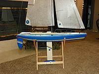 Name: 102_0153 (3).jpg Views: 105 Size: 217.1 KB Description: Simple mods - removed most of the factory decals, added accent stripes here and there. To me, the accents lines make the boat appear longer and leaner, and enhanse the beauty of the hulls design.