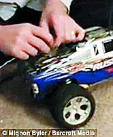 Name: W020091203278913061598.jpg Views: 214 Size: 86.1 KB Description: ... with the other end attached to a remote control car.