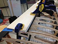 Name: IMG_0441.jpg Views: 259 Size: 203.9 KB Description: Clamping down kevlar live hinge for proper lamination