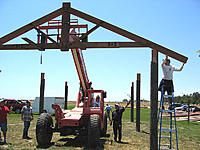 Name: installing trusses - 672.jpg Views: 59 Size: 110.3 KB Description:
