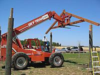 Name: installing trusses - 669.jpg Views: 66 Size: 112.7 KB Description: