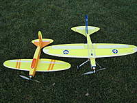 Name: IMG_1075_1.jpg Views: 107 Size: 20.5 KB Description: Wing span difference with high wing EA.