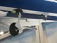 Name: 2012-04-14 13.32.15.jpg Views: 417 Size: 104.0 KB Description: Flap and aileron servos.