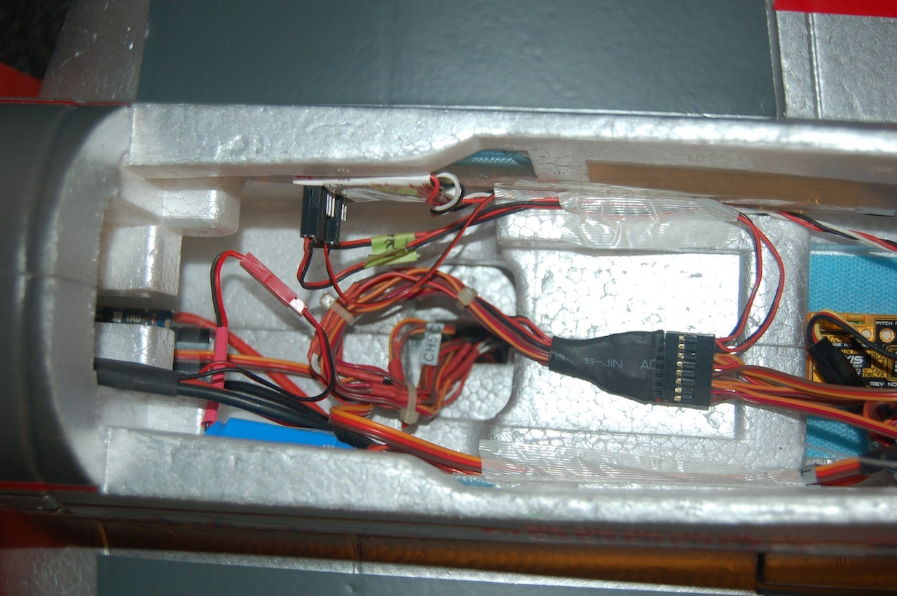 Name: Sandancer_FMS V7.5 P-51 BBD_Electronics System_01-29-2013_0003.jpg Views: 156 Size: 279.5 KB Description: The 16-pin harness assembly after all leads are trimmed.
