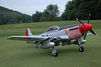 Name: P-51 Mustang_Build_PhotoShoot_DropTanks_7-20-2010_0023.jpg Views: 176 Size: 69.4 KB Description: