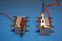 Name: Sandancer_DSR-46_Titans_E-Tracts_09-23-2012_0002.jpg Views: 105 Size: 291.4 KB Description: DSR-46T Titans w/Aluminum side plates.