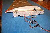 Name: Sandancer_FMS 1400 P-51 BBD-UnBoxing_12-28-2012_0054.jpg Views: 215 Size: 134.2 KB Description: The port wing wiring.   There was no harness assembly, so I'll need to make my own for the 1-piece wing mod.